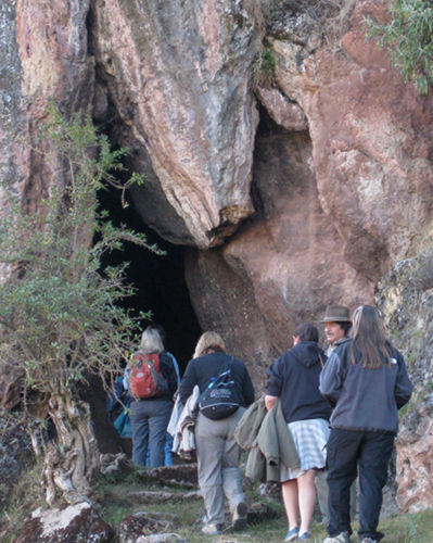 Cave at Killarumi